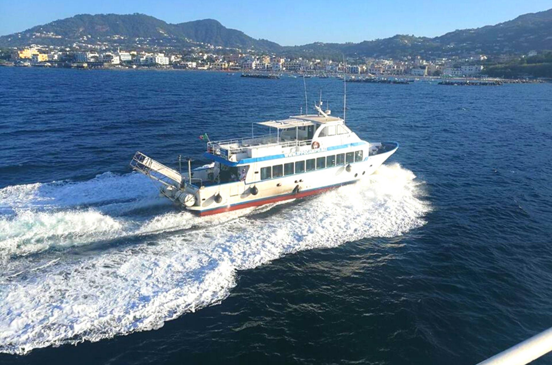 Traghetto Ischia Procida Trasporto Marittimo